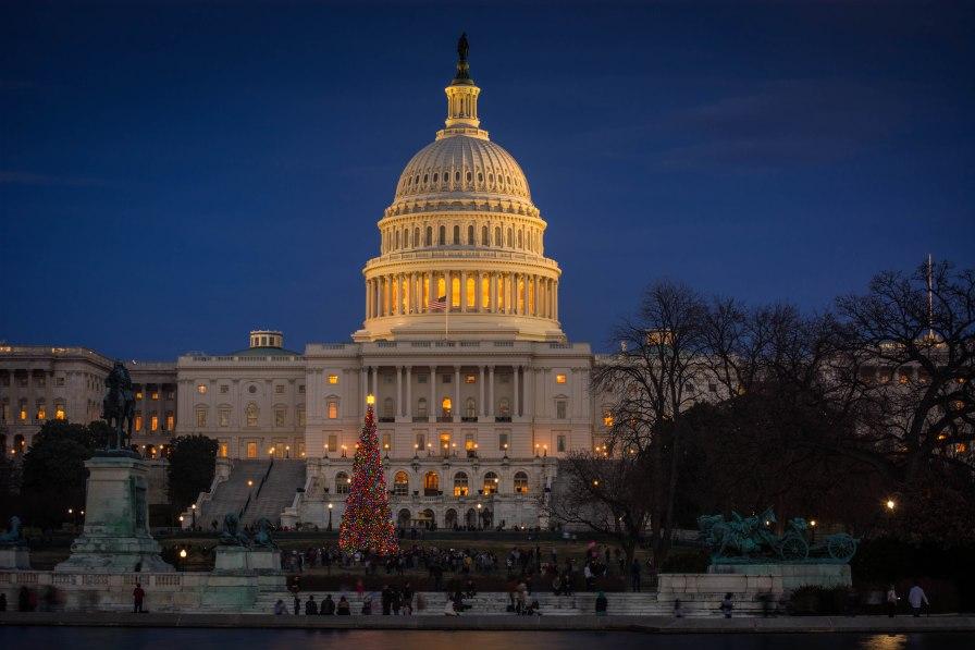 Holiday Scene US Capital